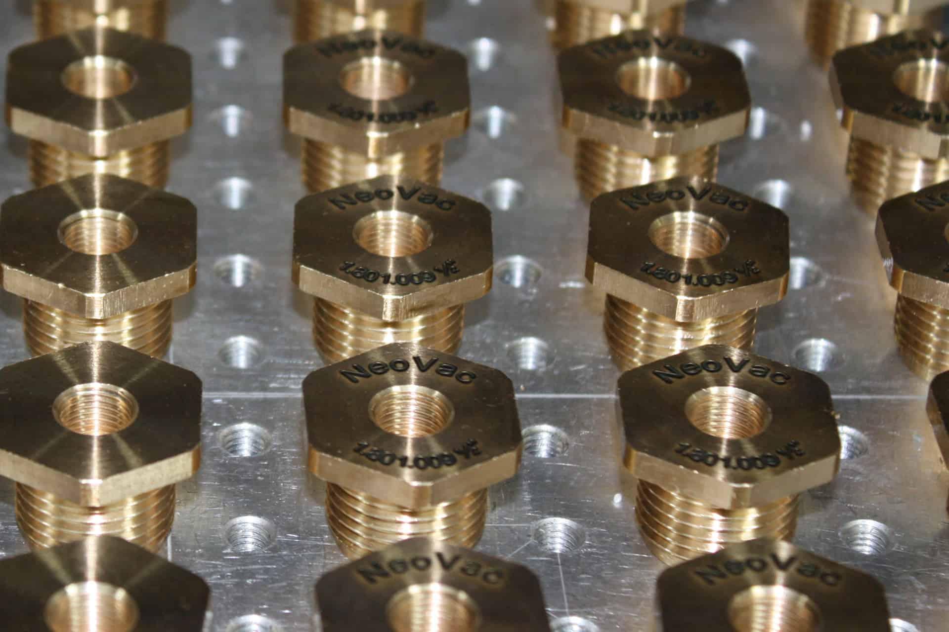 Ebenhoch CNC-Technik - Laserbeschriftung / Lasergravierung